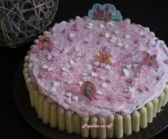 Gâteau d'anniversaire pour fille (5ans) - Gâteau chocolat au lait recouvert de chantilly rose et décoré