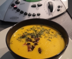 Velouté potimarron curry et amandes