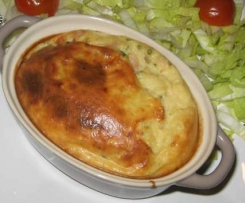 Clafoutis au thon, tomates, câpres et curry