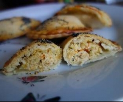 Chaussons à la viande hachée et légumes d'été, déclinaison en nuggets et sauce