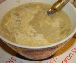 Soupe de chou-fleur aux pâtes